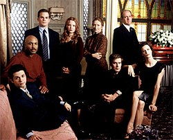 The Main Characters Of Six Feet Under In The First Season From Left To Right Federico Keith David Claire Ruth Nate Nathaniel Sr And Brenda
