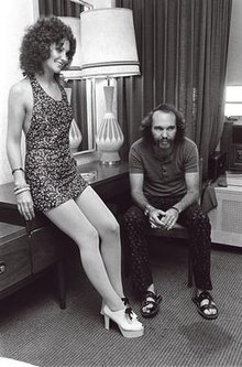 Linda Lovelace and ChuckTraynor.jpg