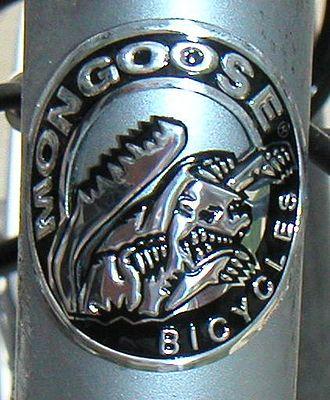 Mongoose (company) - A Mongoose head badge