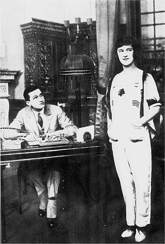 Beatrice Lillie - Scene from Oh Joy!, showing Tom Powers (as George Budd) with Lillie (as Jackie Sampson), London, 1919