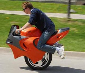 Dicycle - Image: Uno motorcycle