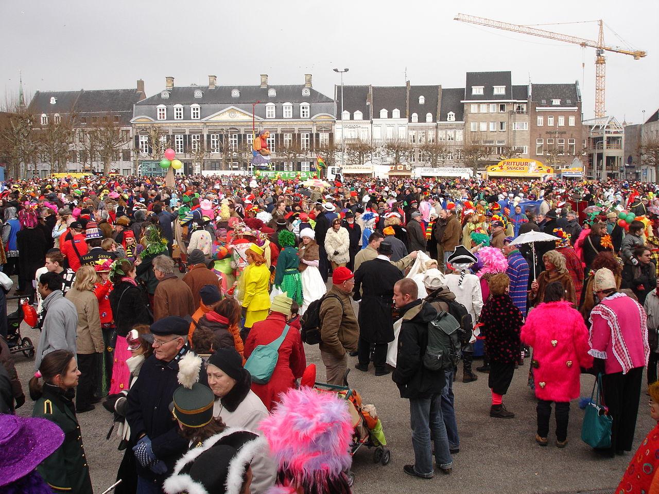 file carnival in maastricht jpg wikipedia