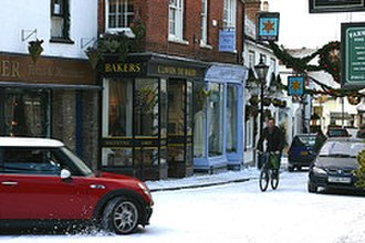 The Holiday - Filming on location in Godalming.