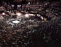 19,776 fans at the Arrowhead Pond for WrestleMania 2000