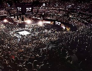 WrestleMania 2000 - 19,776 fans at the Arrowhead Pond for WrestleMania 2000