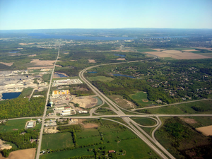 Ontario Highway 416 - Highway 416 entering the western end of Ottawa. The Fallowfield Road interchange is shown.
