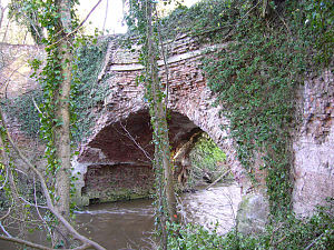 Leominster Canal - The Aqueduct over the River Rea, north of the village of Newnham Bridge, Parish of Knighton on Teme