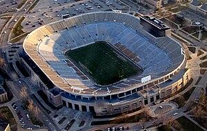 Notre Dame Stadium - Image: Notre dame stadium small