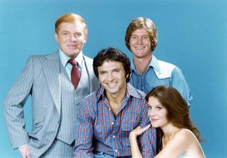The Eddie Capra Mysteries - Left to right: Ken Swofford, Vincent Baggetta, Michael Horton, and Wendy Phillips in a promotional cast photo for The Eddie Capra Mysteries.
