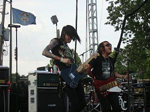 Metro Station (band) - Metro Station performing in 2008; Trace Cyrus (left) and Mason Musso (right)