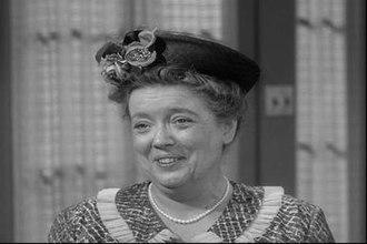 Aunt Bee - Image: First Episode Aunt Bee 10101