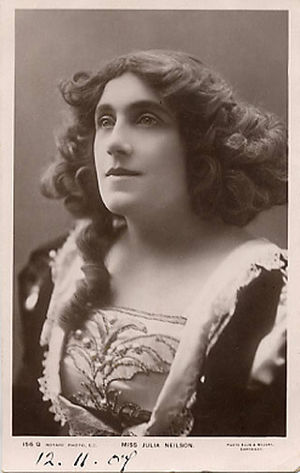 Julia Neilson - Nielson in Dorothy Vernon of Haddon Hall, 1907