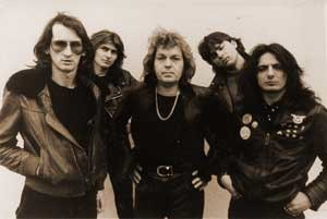 Siluete - One of numerous Siluete lineups from the 1980s. The lineup pictured features Nikola Čuturilo (second one from the right).