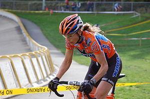 Wendy Simms (cyclist) - Simms racing at Turkey Cross 2007, Victoria BC