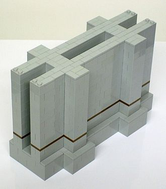 Canton Viaduct - Lego model of wall section with deck removed and foundation exposed