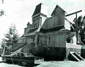 Salem's Lot (1979 miniseries) - A full-scale mock-up of the Marsten House was built over a smaller house.
