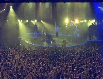 Coldplay - Live performances during their 2002 tour were noted for their use of strobe lighting.