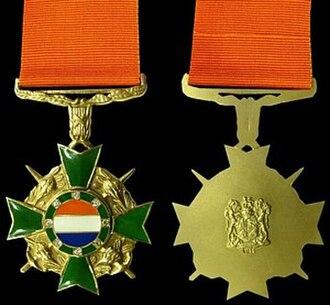 South African military decorations - Honoris Crux Diamond decoration