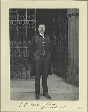 Orkney and Shetland by-election, 1902 - Cathcart Wason in 1902 outside the Houses of Parliament