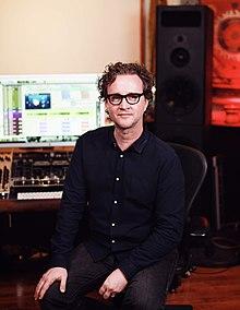 Wells en Rocket Carousel Studio, Los Ángeles;  2016