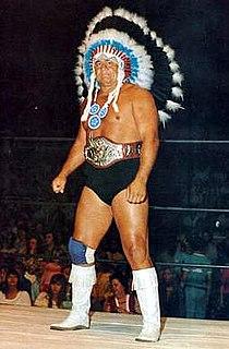 Wahoo McDaniel American football player and professional wrestler