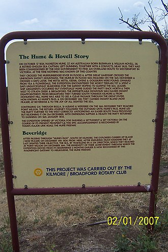 Hume and Hovell expedition - Image: Beveridge Victoria Hume and Hovell Monument Sign