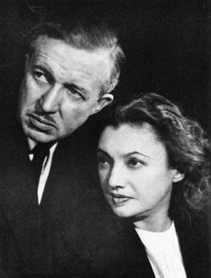 Guthrie McClintic - Guthrie McClintic and wife Katharine Cornell in 1954