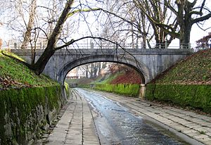 Rooster Bridge - The Rooster Bridge (1931) connects Krakovo and Trnovo.