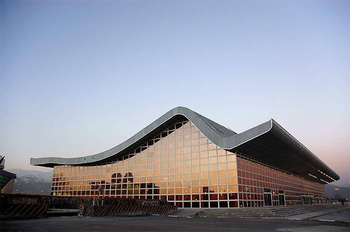 پایانه بزرگ همدان - ویکیپدیا، دانشنامهٔ آزاد