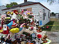 Michael jackson chilhood house.jpg