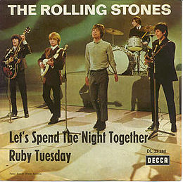 "Singlen ""Let's Spend the Night Together"" / ""Ruby Tuesday"" kansikuva"