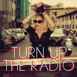 "Singlen ""Turn Up the Radio"" kansikuva"