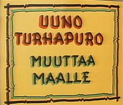 Spede tekstasi Uuno Turhapuro muuttaa maalle -elokuvan alkutekstit vuonna 1986.