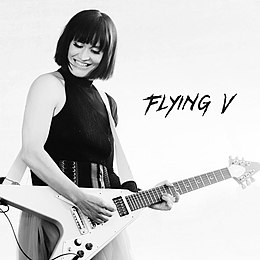 "Singlen ""Flying V"" kansikuva"
