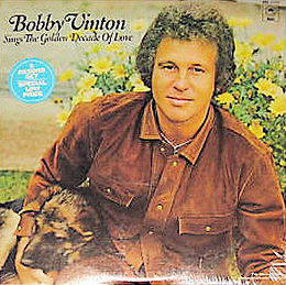 Kokoelmalevyn Bobby Vinton Sings the Golden Decade of Love kansikuva