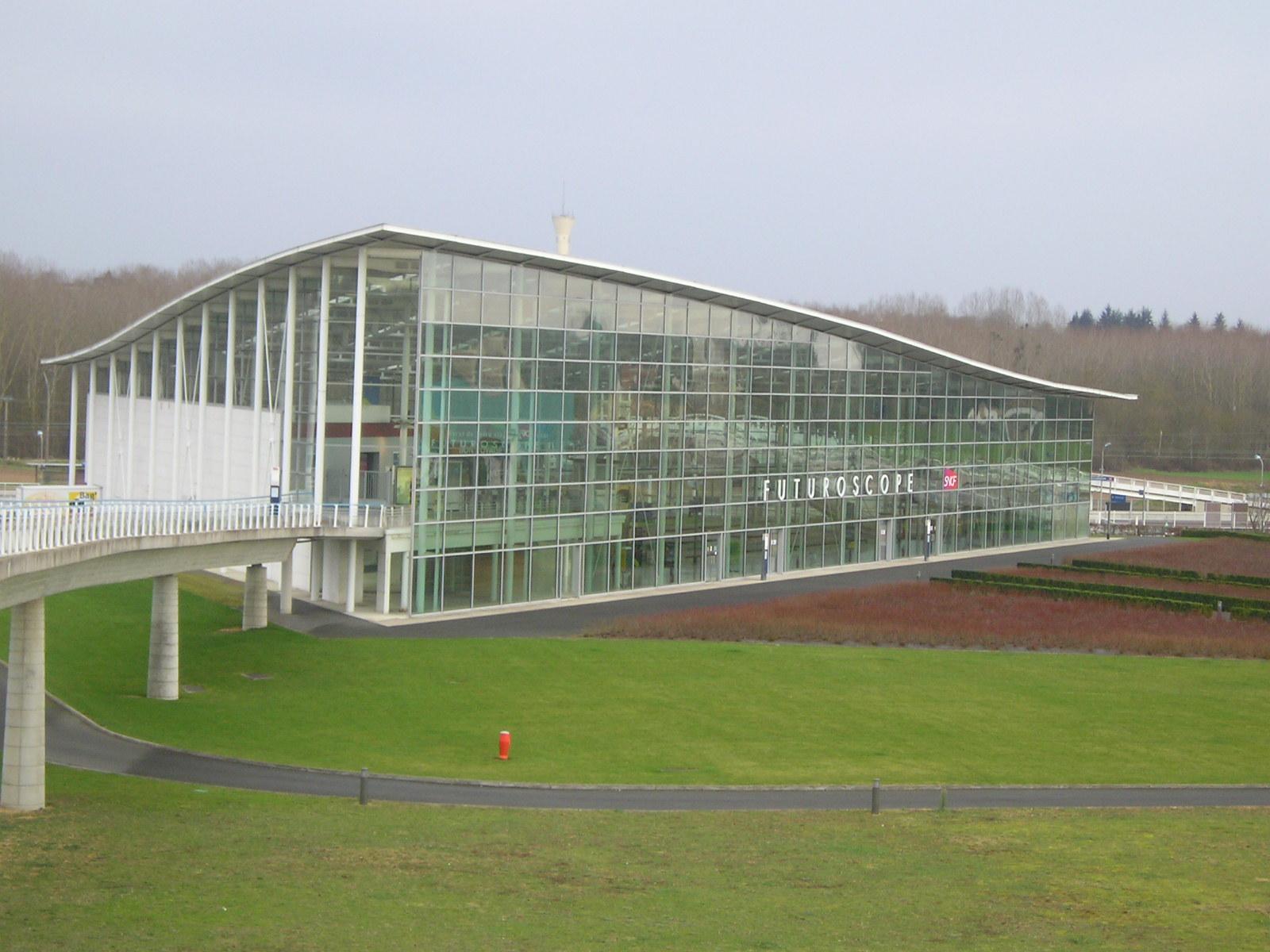 La Gare TGV Futuroscope Gare_TGV_Futuroscope_ext%C3%A9rieur