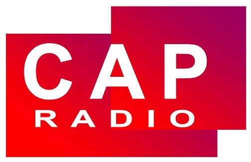 Cap Radio est une station de radio privée basée à Tanger, Maroc. Elle se concentre sur les régions septentrionales et orientales du Maroc, y compris la région du Rif. Elle dispose de deux studios avec un effectif de 10 membres.