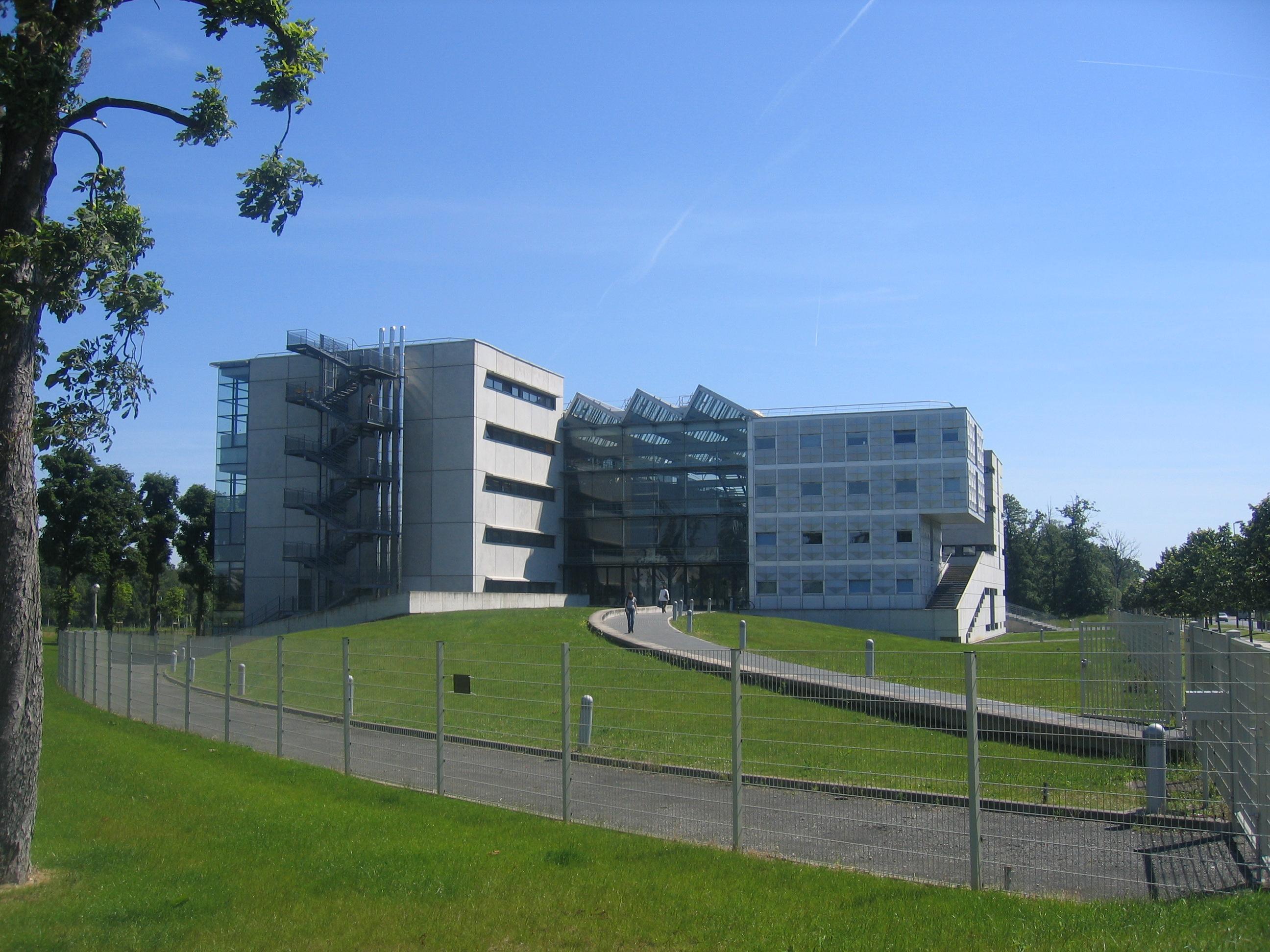 École d'architecture de la ville et des territoires à marne-la