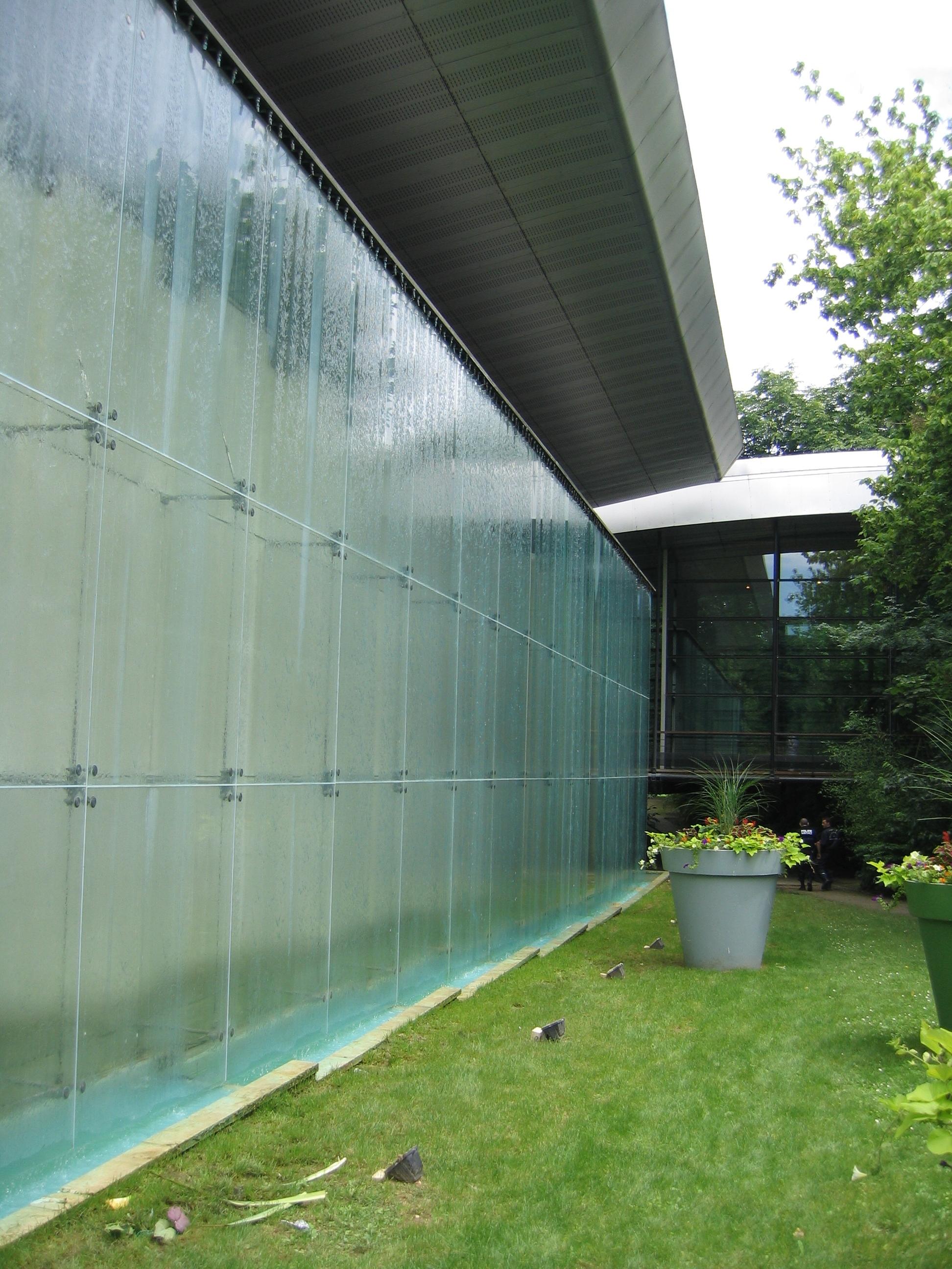 Fichier mur d 39 eau salle du moulin brul maisons alfort for Salle eau