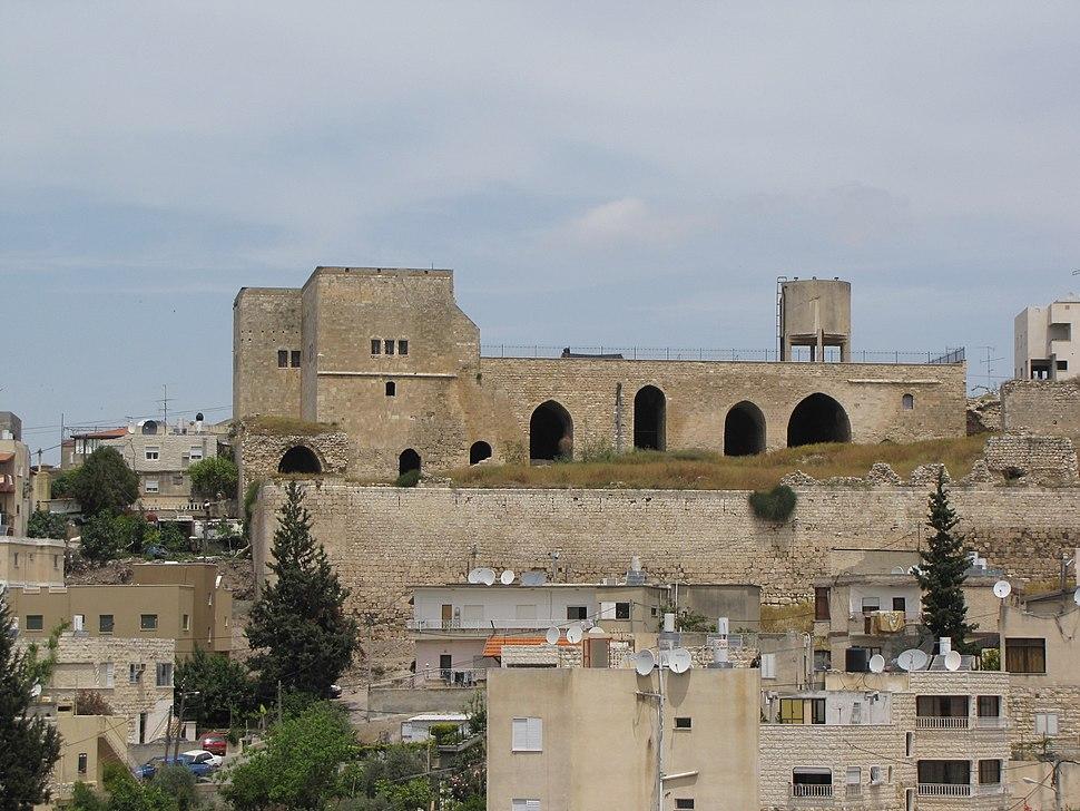 המבצר שפרעם