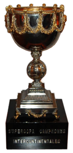 Supercopa intercontinental trofeo.png
