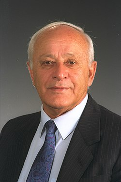 Portrait of Knesset Speaker Dov Shilansky 1991.jpg