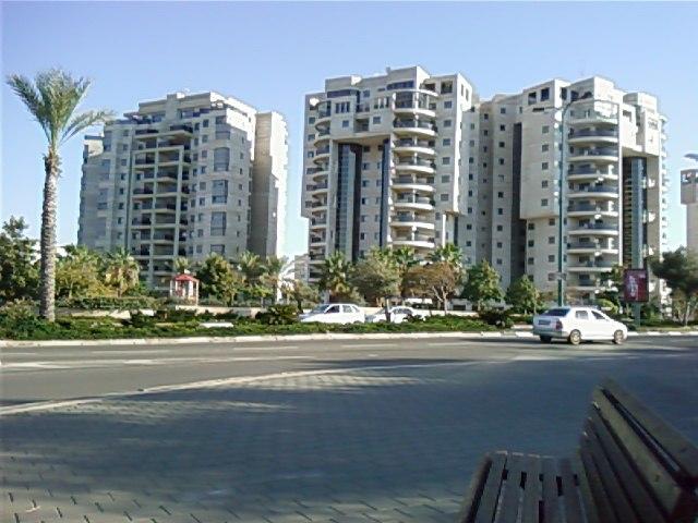 New Ramat Aviv