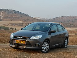 Ford-Focus-4dr-FS-CarsForum.JPG