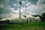 בית זאנאדו בקיסימי שבפלורידה, 1994