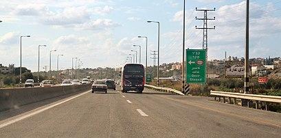 איך מגיעים באמצעות תחבורה ציבורית אל נחל עירון? - מידע על המקום