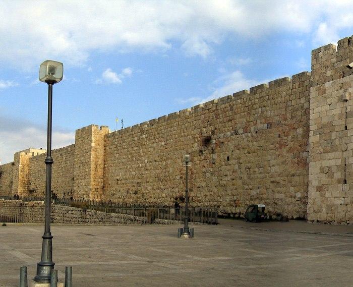 Jerusalem walls 22