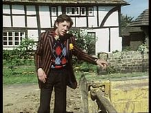 David Dixon as Ford Prefect.jpg