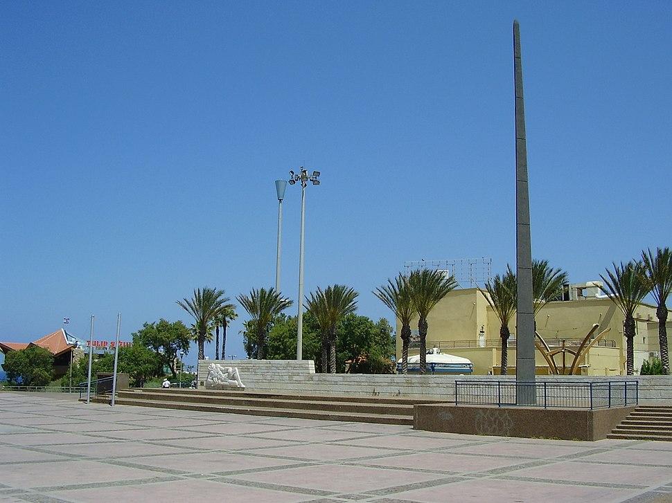 אנדרטת זיכרון לבני נתניה שנפלו במערכות ישראל
