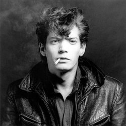 Mapplethorpe-self-portrait.jpg
